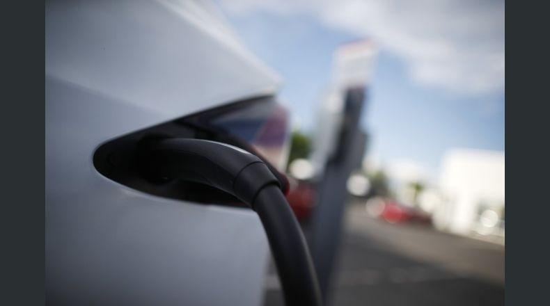 Bajas temperaturas afectan rendimiento de autos eléctricos